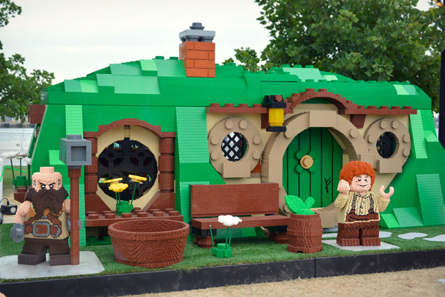09-Hobbit-LEGO-villiage