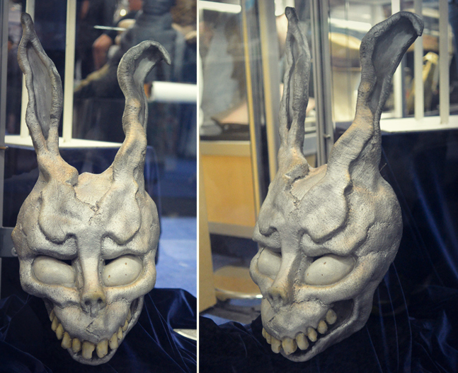 19-Donnie-Darko-Frank-Mask